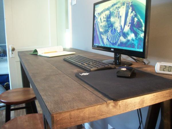 sawhorse desk 15