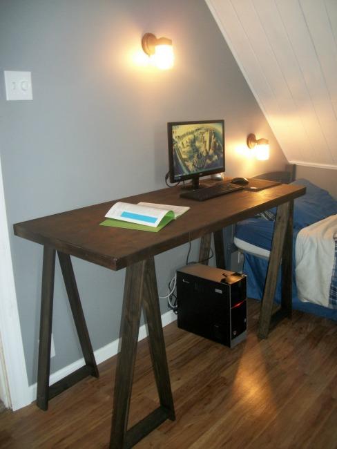sawhorse desk 16