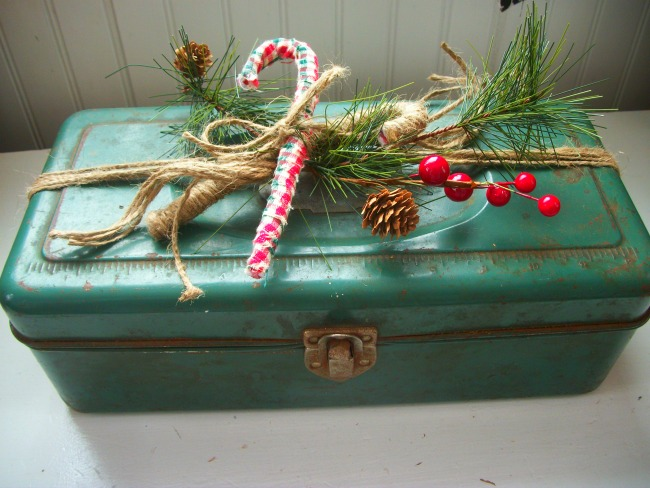 Rustic Christmas Toolbox 3