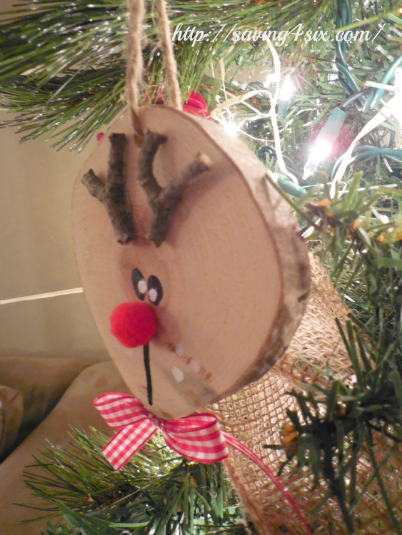 Wood Slice Reindeer Ornament 2