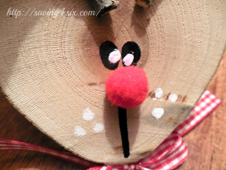 Wood Slice Reindeer Ornament 5