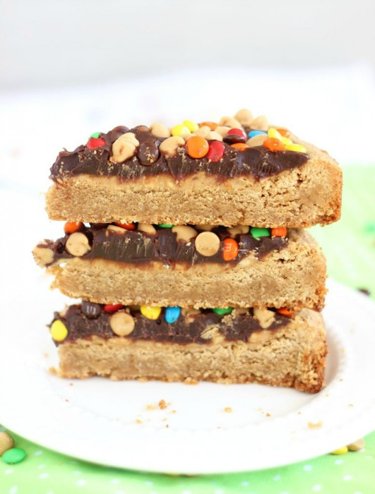 chocolate-peanut-butter-cookie-pizza-28-777x1024