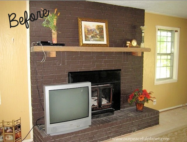 Easy-and-inexpensive-fireplace-makeover-1a